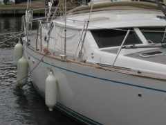 What to do if you collide with a moored yacht while leaving a marina