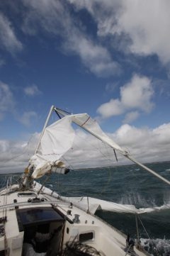 Bob's Top Tips for Sailing Safe - Look Up & Down